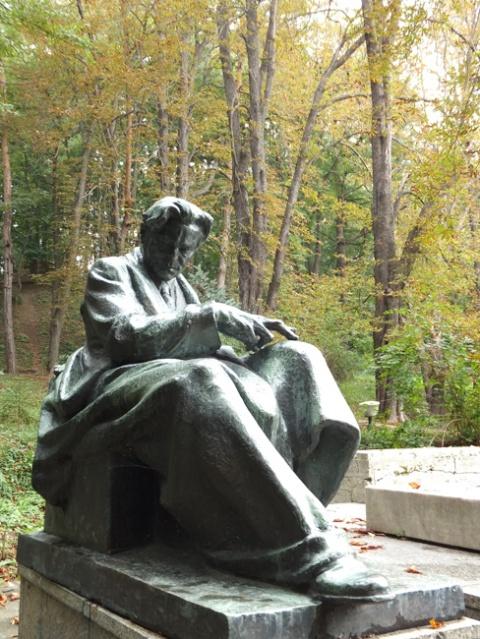 Statuia lui Enescu