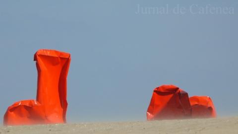 Arta abstracta pe plaja din Ostende