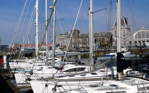 Yachturi in marina Ostende