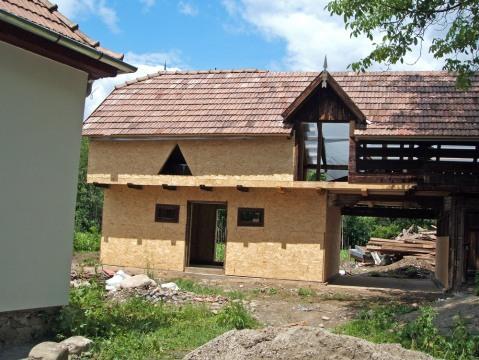 Casa Darmanesti - Grajdul vedere fata aripa stanga