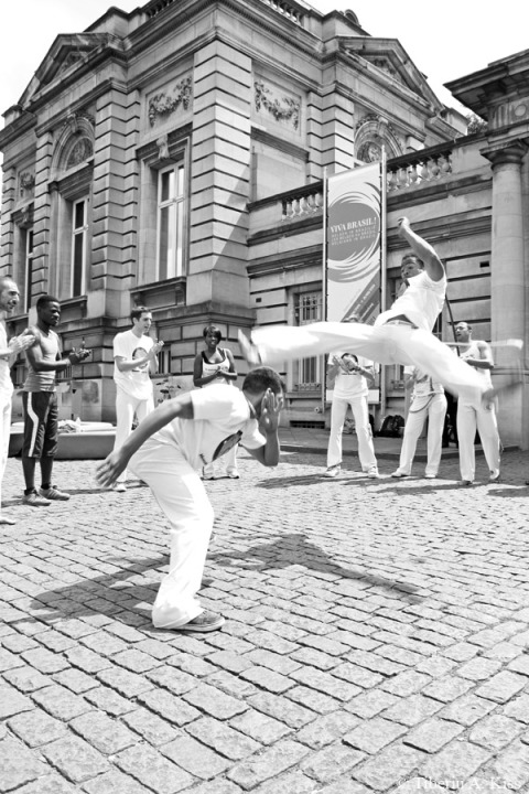 Spectacular jump of this capoeira fighter (IMG_6337)